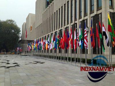 Cột cờ inox Nhà Quốc  Hội